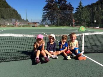Mini tennis course Méribel...